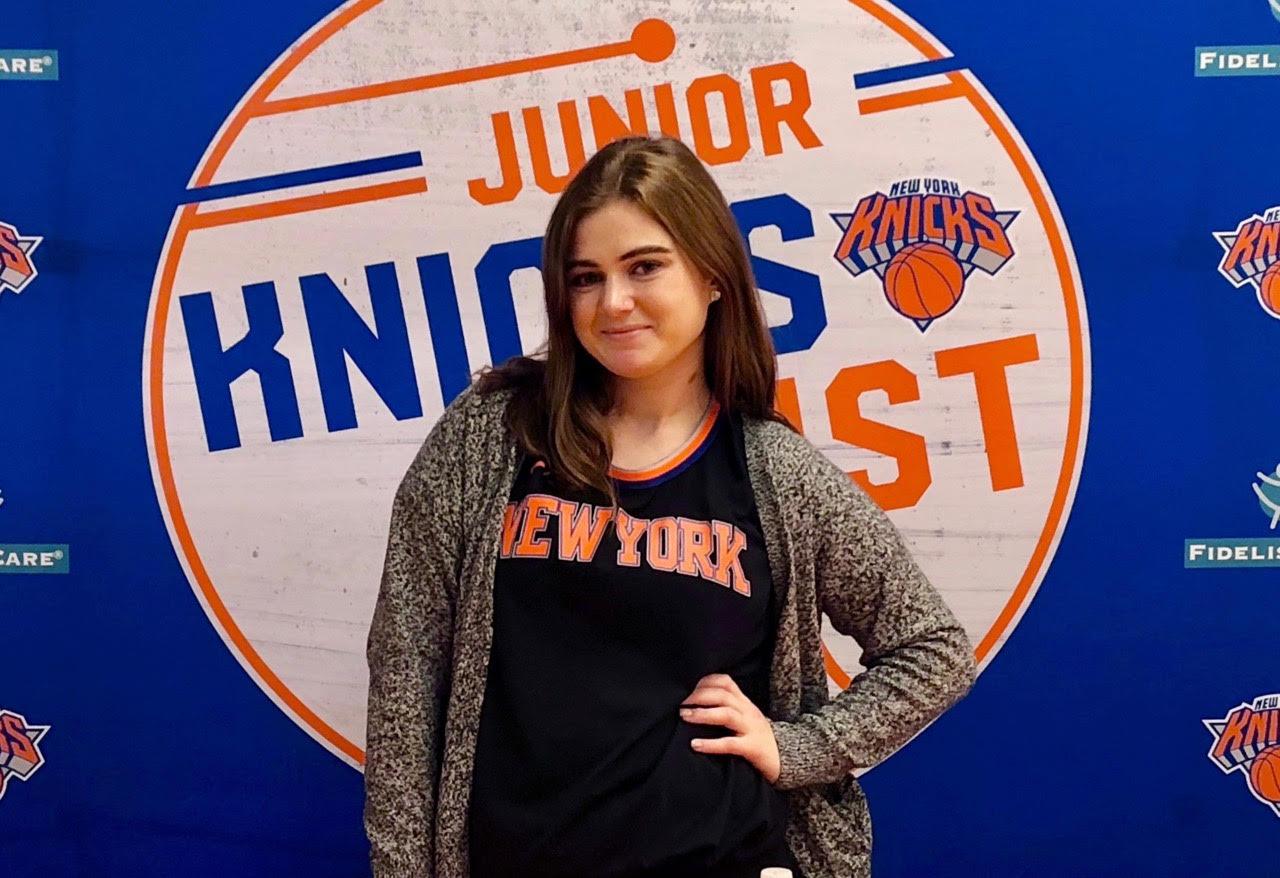 Jennifer Knicks pic.jpg