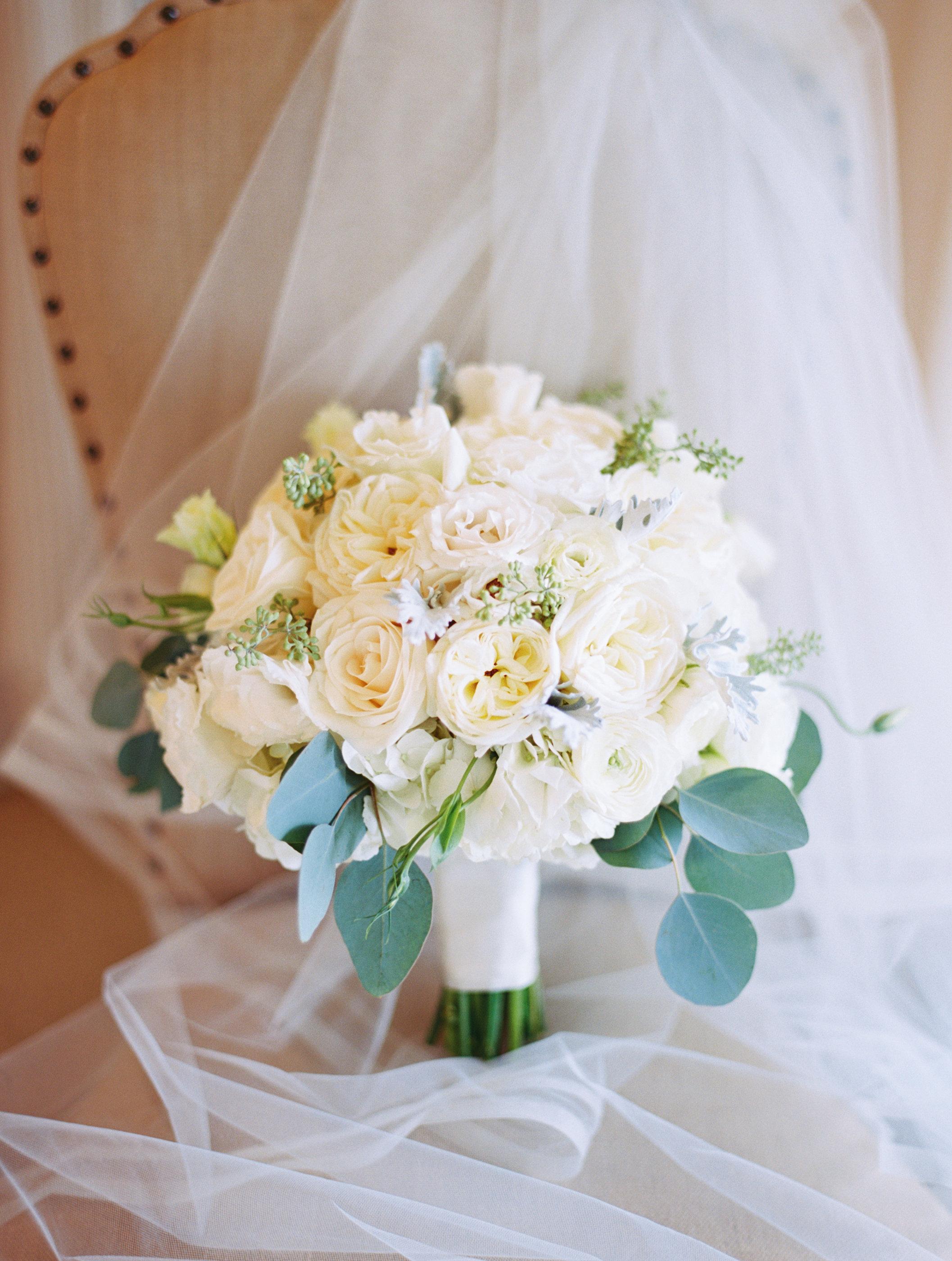 Bouquet Details - Kiawah Island, South Carolina - Fall Wedding - Julian Leaver Events