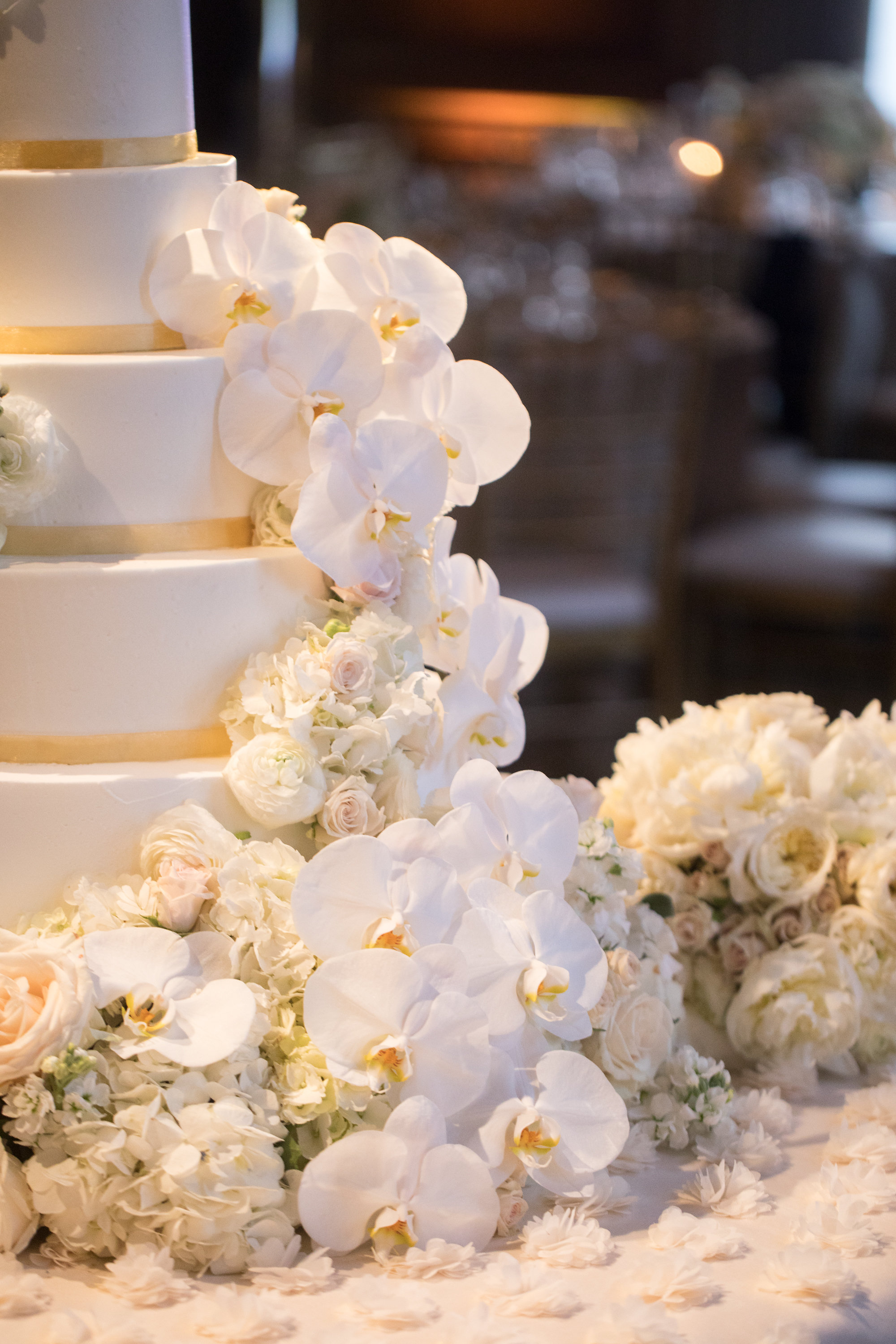 Cake Details - Dallas, Tx - Spring Wedding - Julian Leaver Events