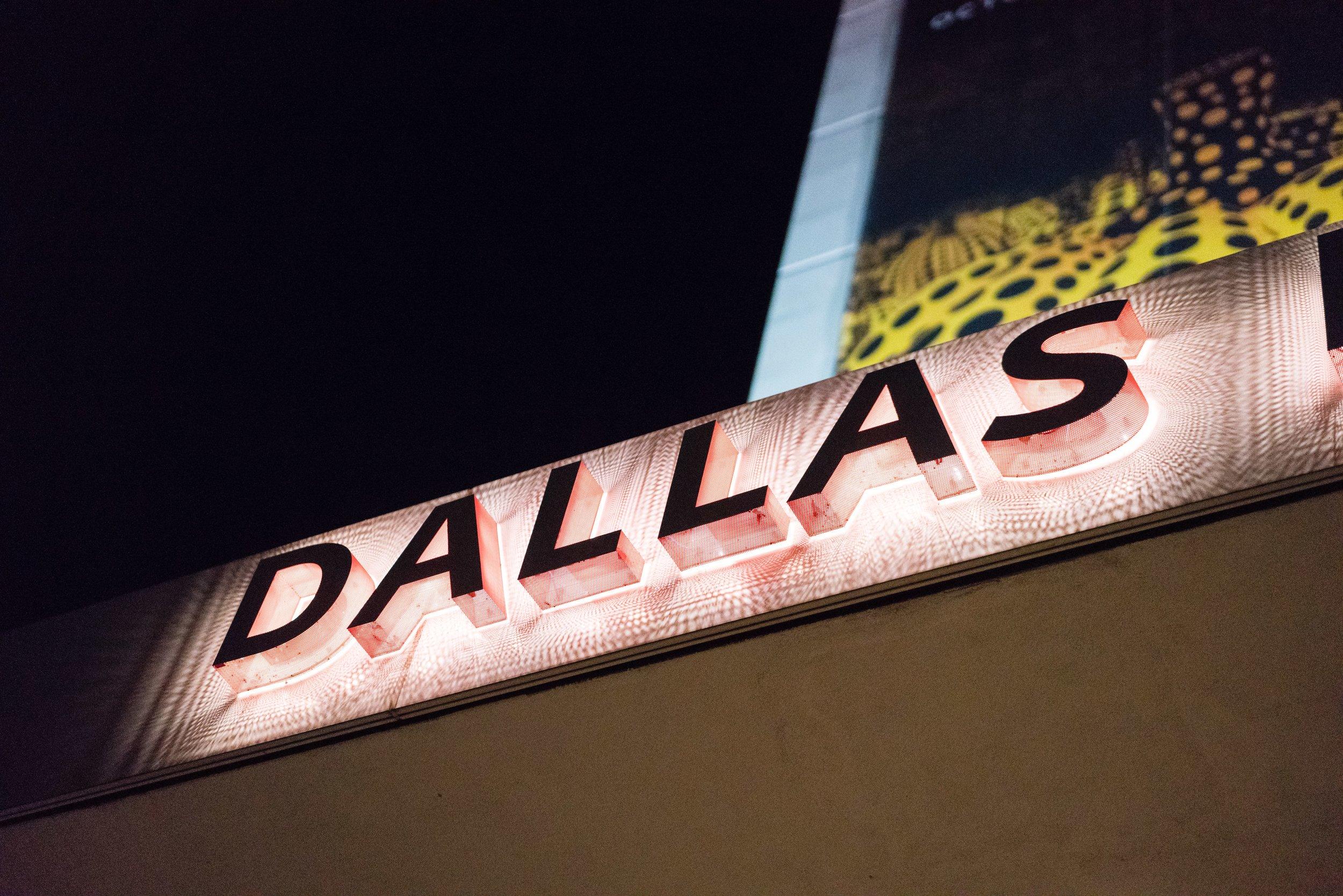 Venue Details - Dallas, Tx - Fall Wedding - Julian Leaver Events