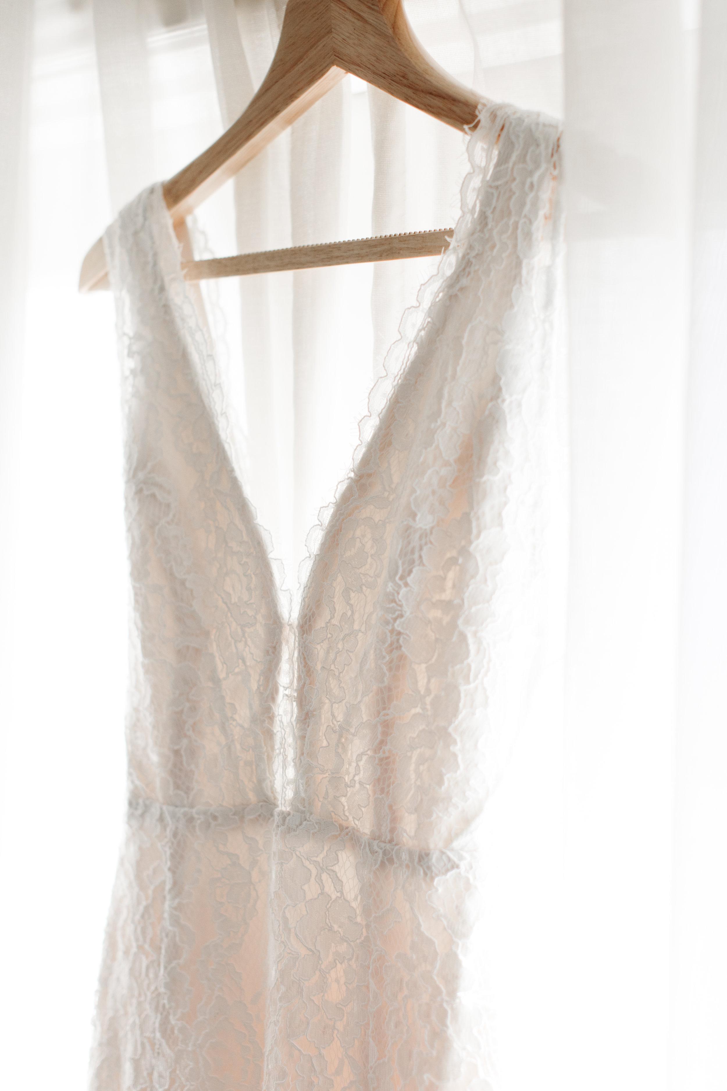 Wedding Dress Details - Dallas, Tx - Fall Wedding - Julian Leaver Events