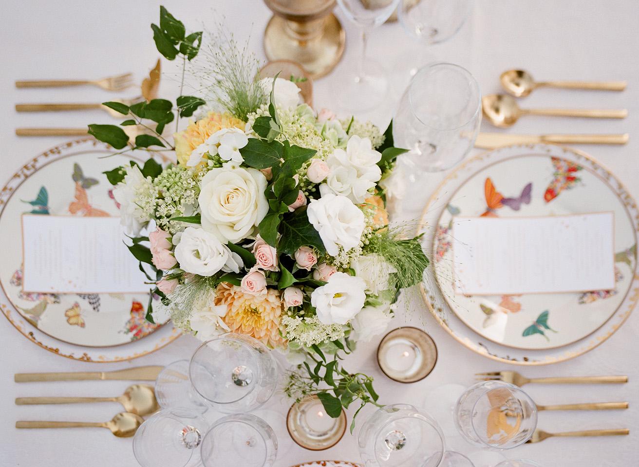 Flower Details - Castello Di Casole, Italy - Summer Wedding - Julian Leaver Events