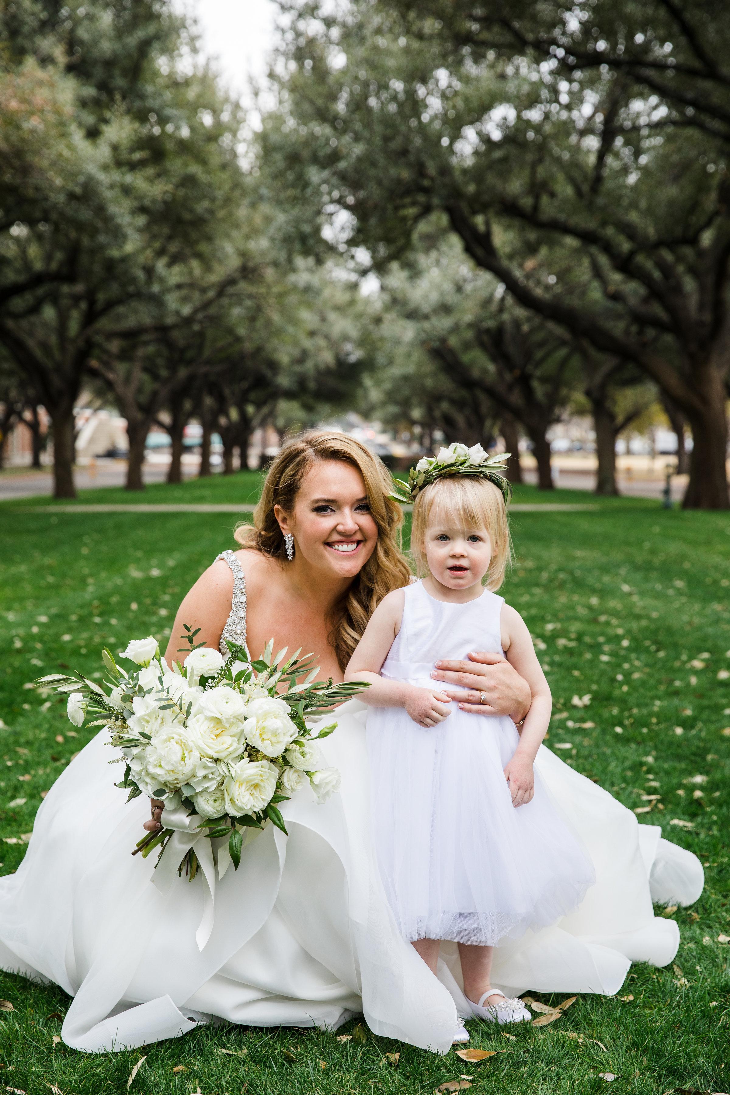 Bride Details - Dallas, Texas - Winter Wedding - Julian Leaver Events