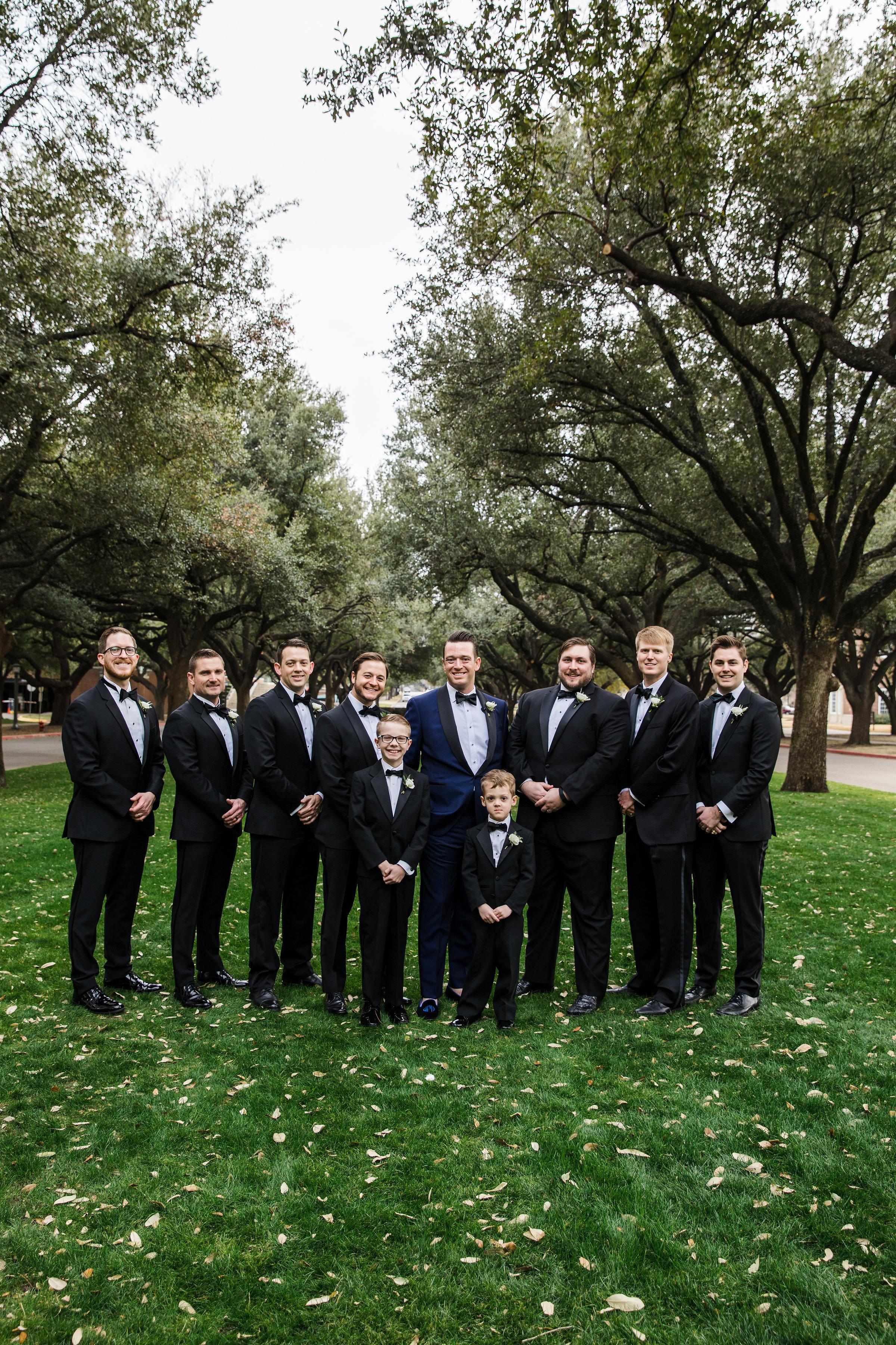 Groomsman Details - Dallas, Texas - Winter Wedding - Julian Leaver Events