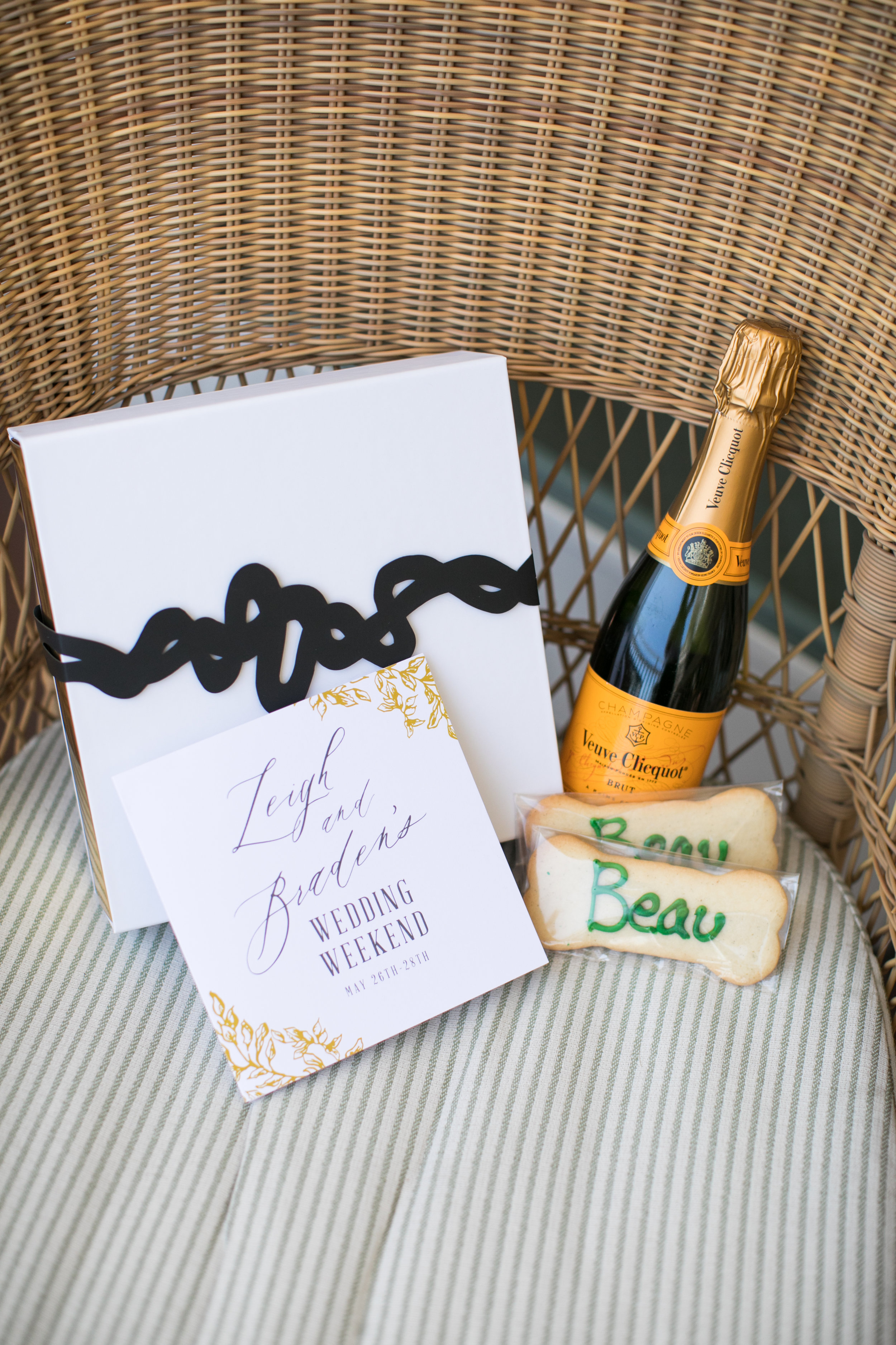 Stationery Details - Laguna Beach, California - Summer Wedding - Julian Leaver Events