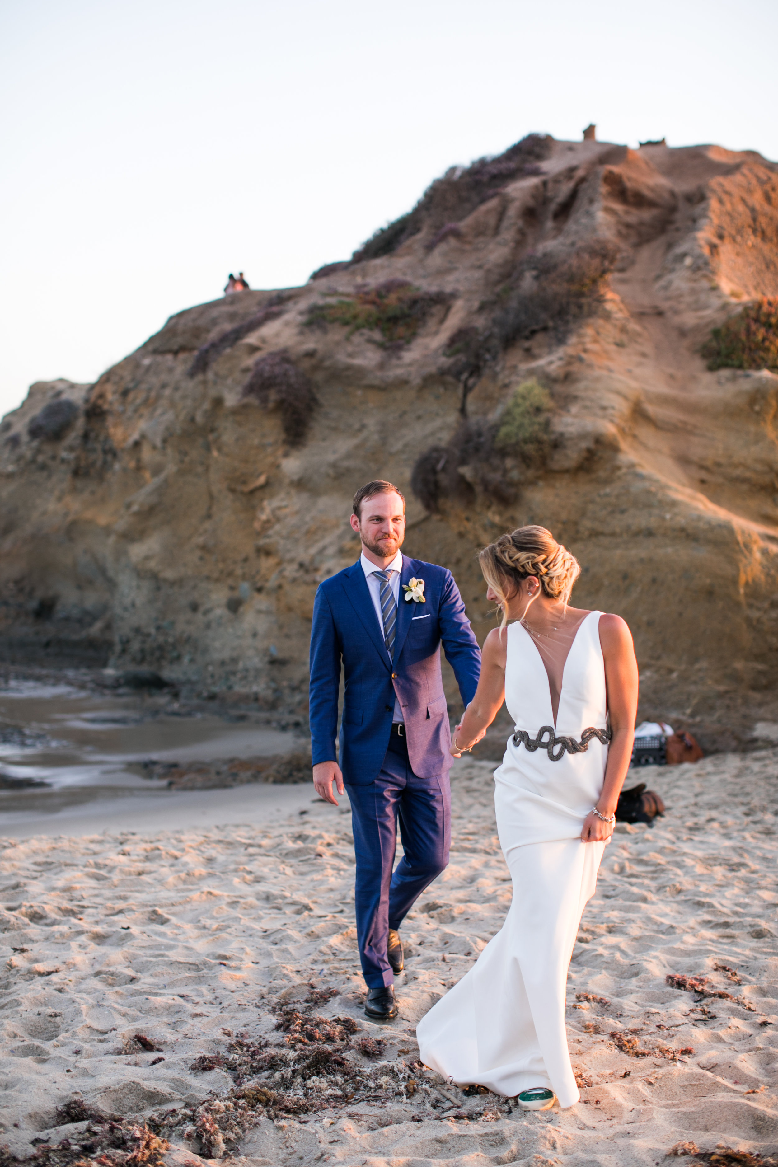 Wedding Couple Details - Laguna Beach, California - Summer Wedding - Julian Leaver Events