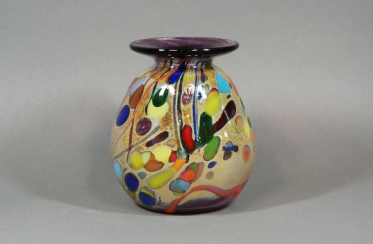 Grape vase with multi colored frit - defumed.