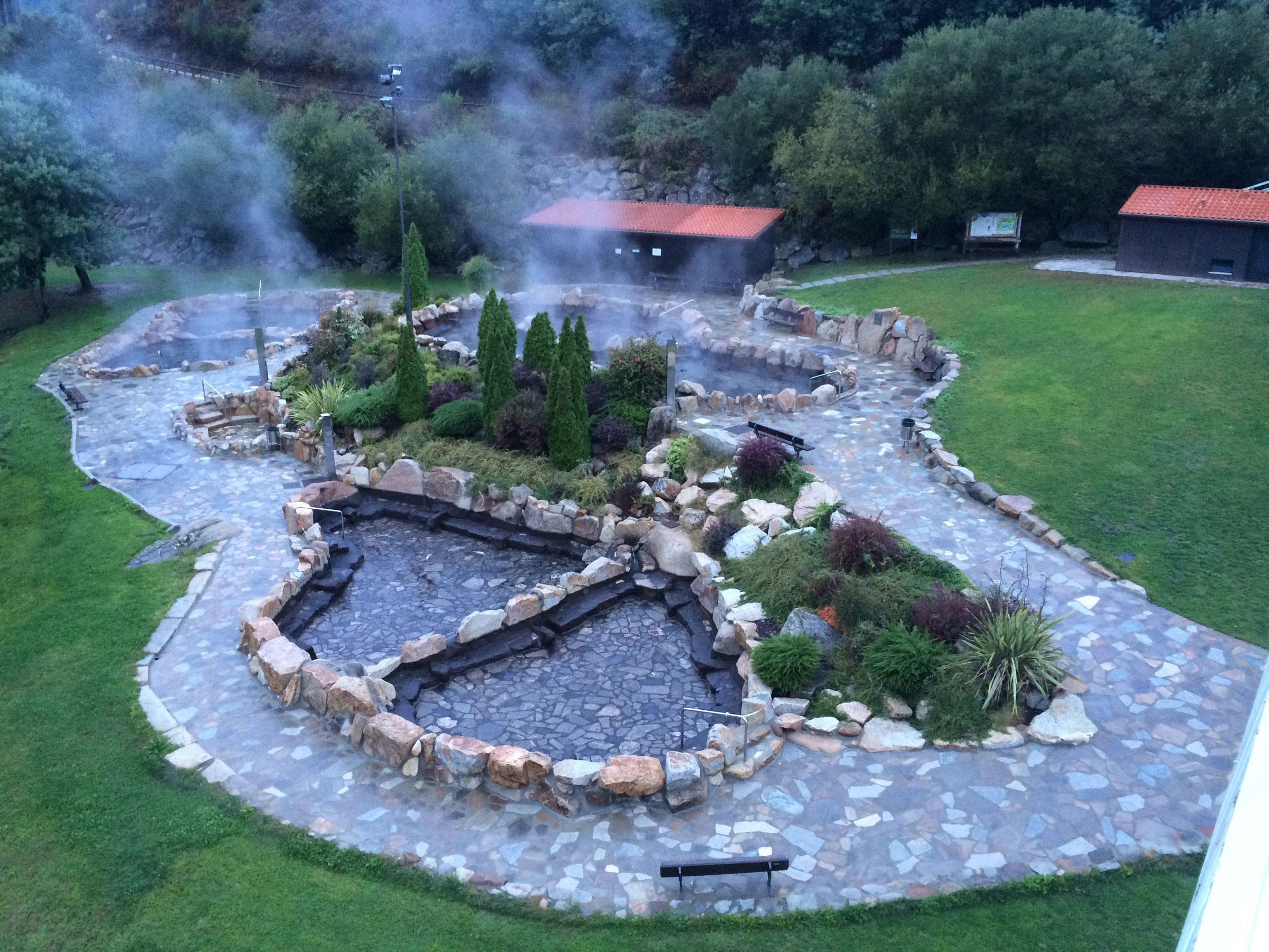 natural-hot-springs.jpg