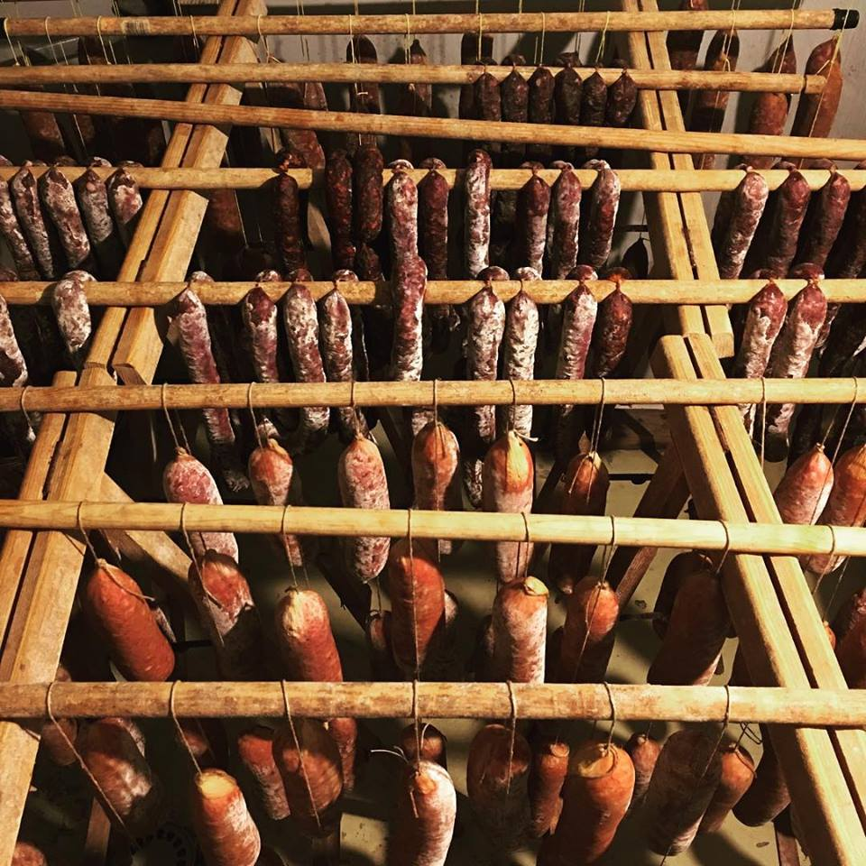 Saucisson curing in the Chapolard facilites.