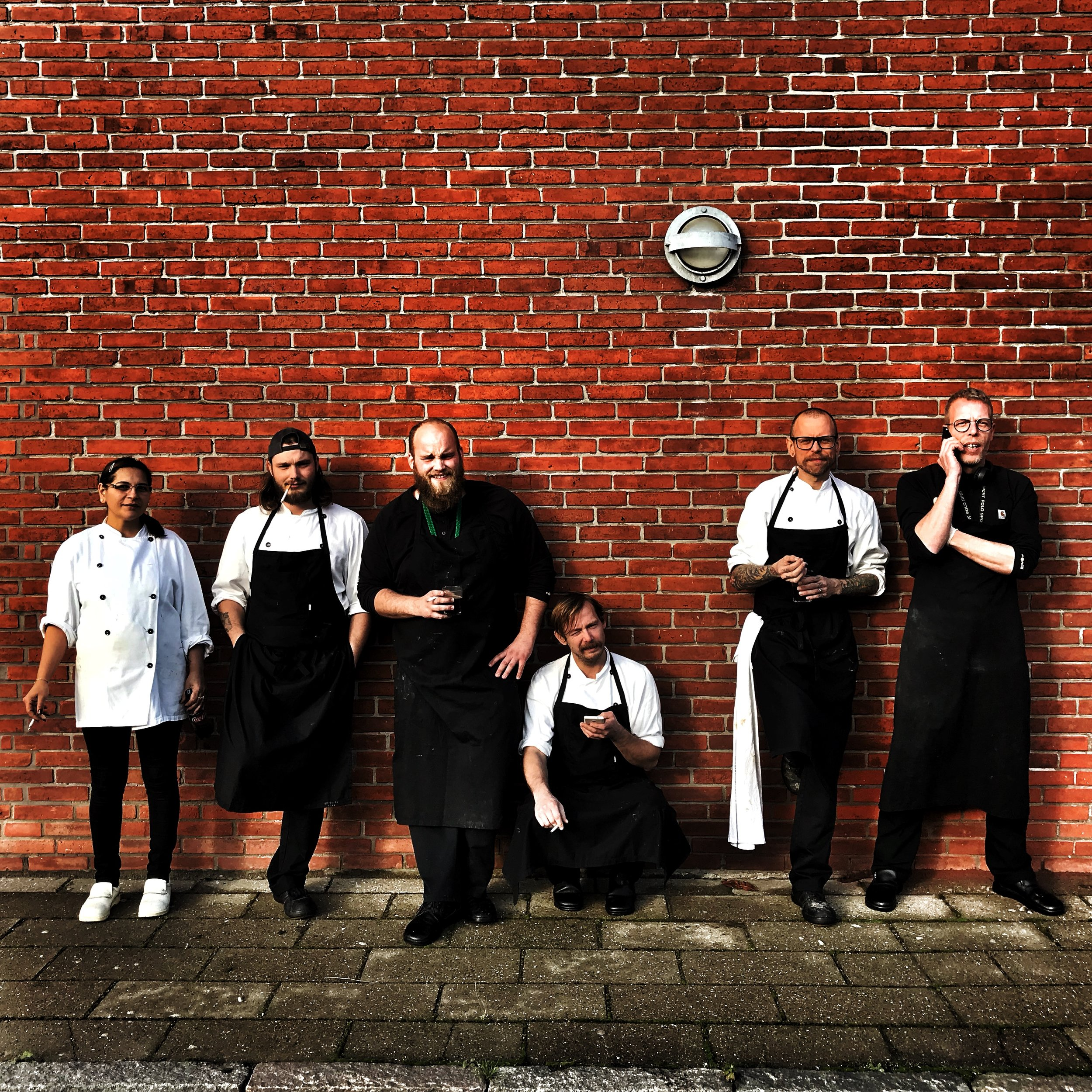The Børn Mad crew of Folkets Madhus - I'm pushing for good food, not smoking!