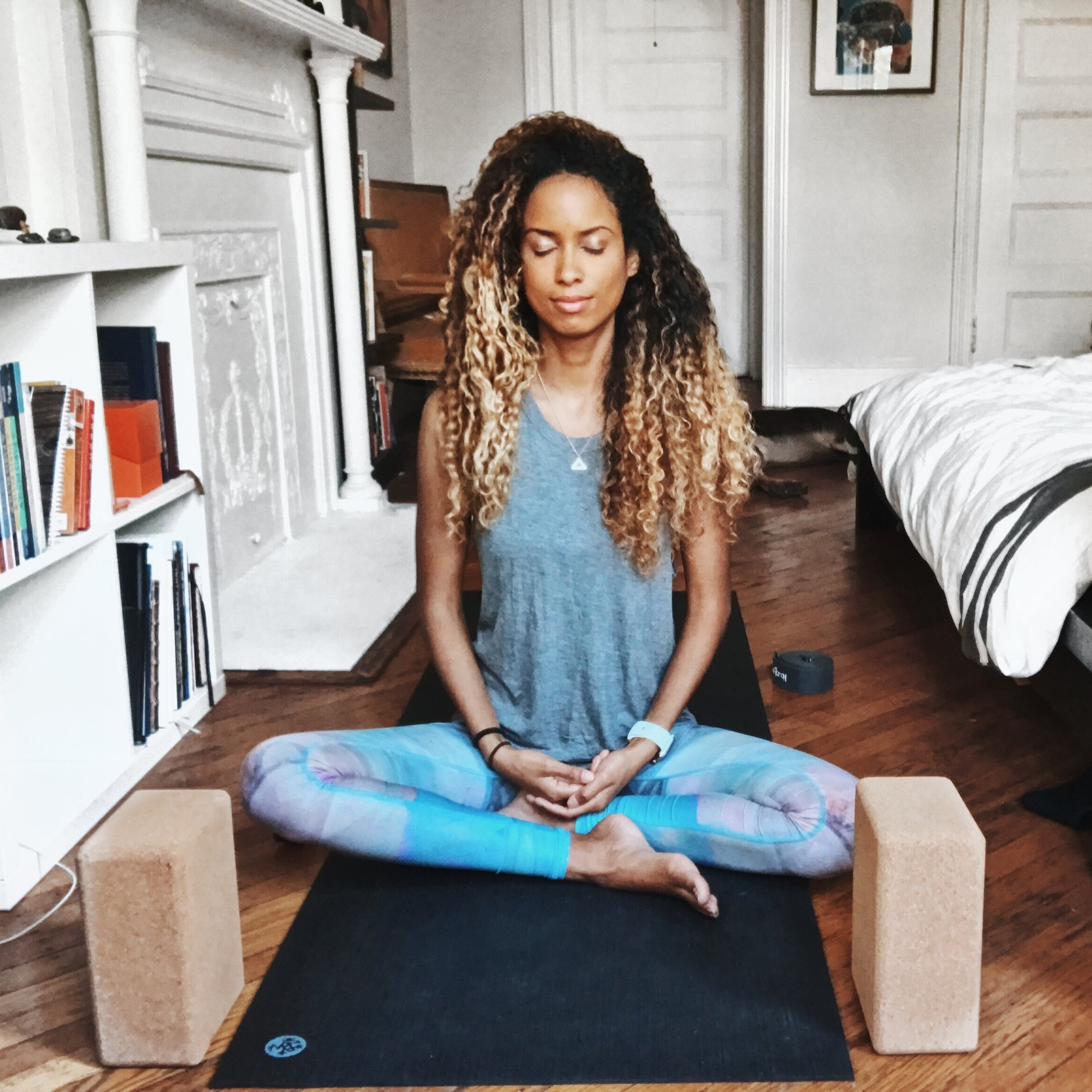 falconcara meditation