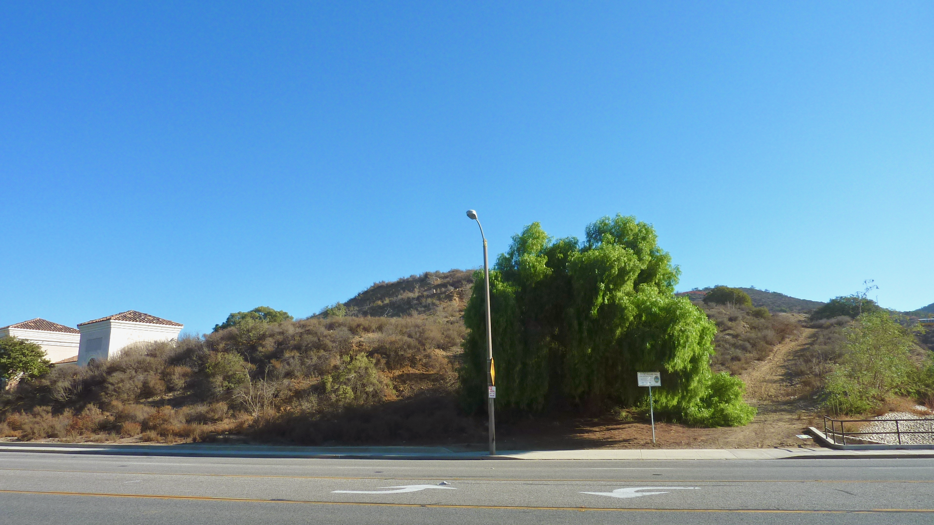 thousand-oaks-land