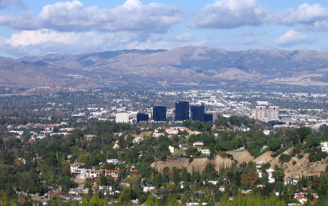 Woodland Hills - Commercial Real Estate