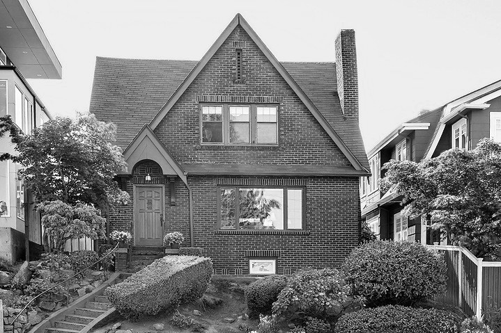 Cap Hill Victorian - 1935 15th Ave