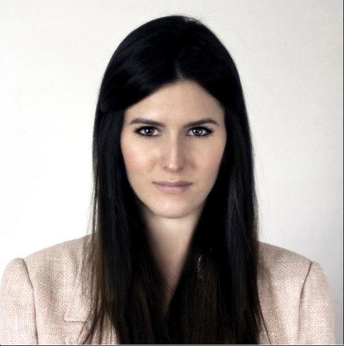Anna Schier - Social Media Manager