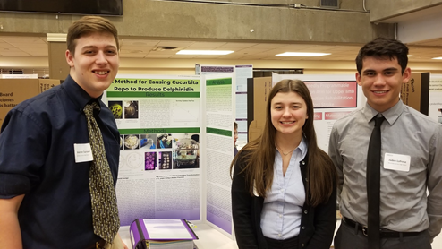 Cameron, Kaylee & Jaden (Left to right) of Mountlake Teraace HS worked on their project with advise from Dr. Orlando de Lange.