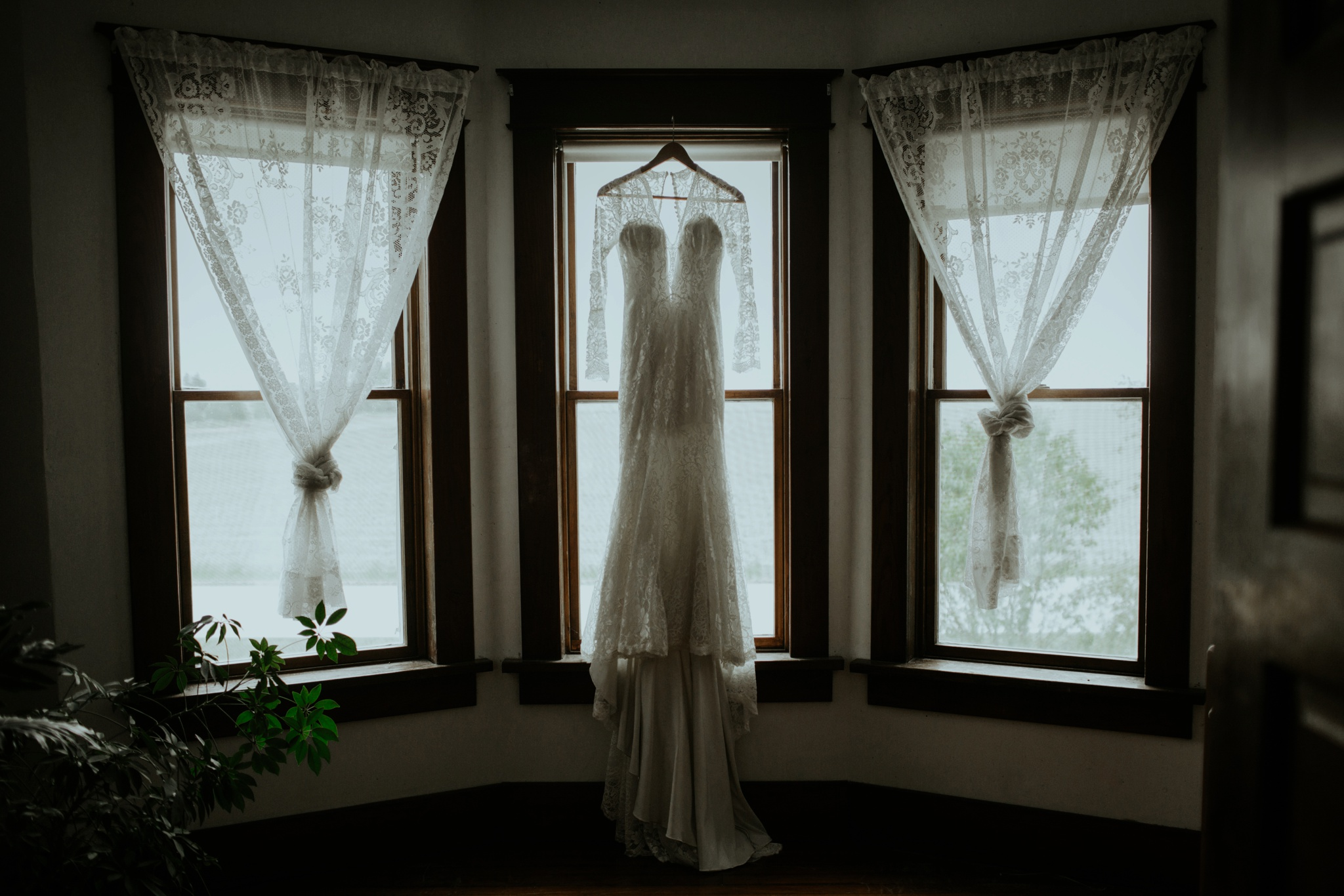 trinjensen photography, nebraska outdoor wedding photographer_3000.jpg