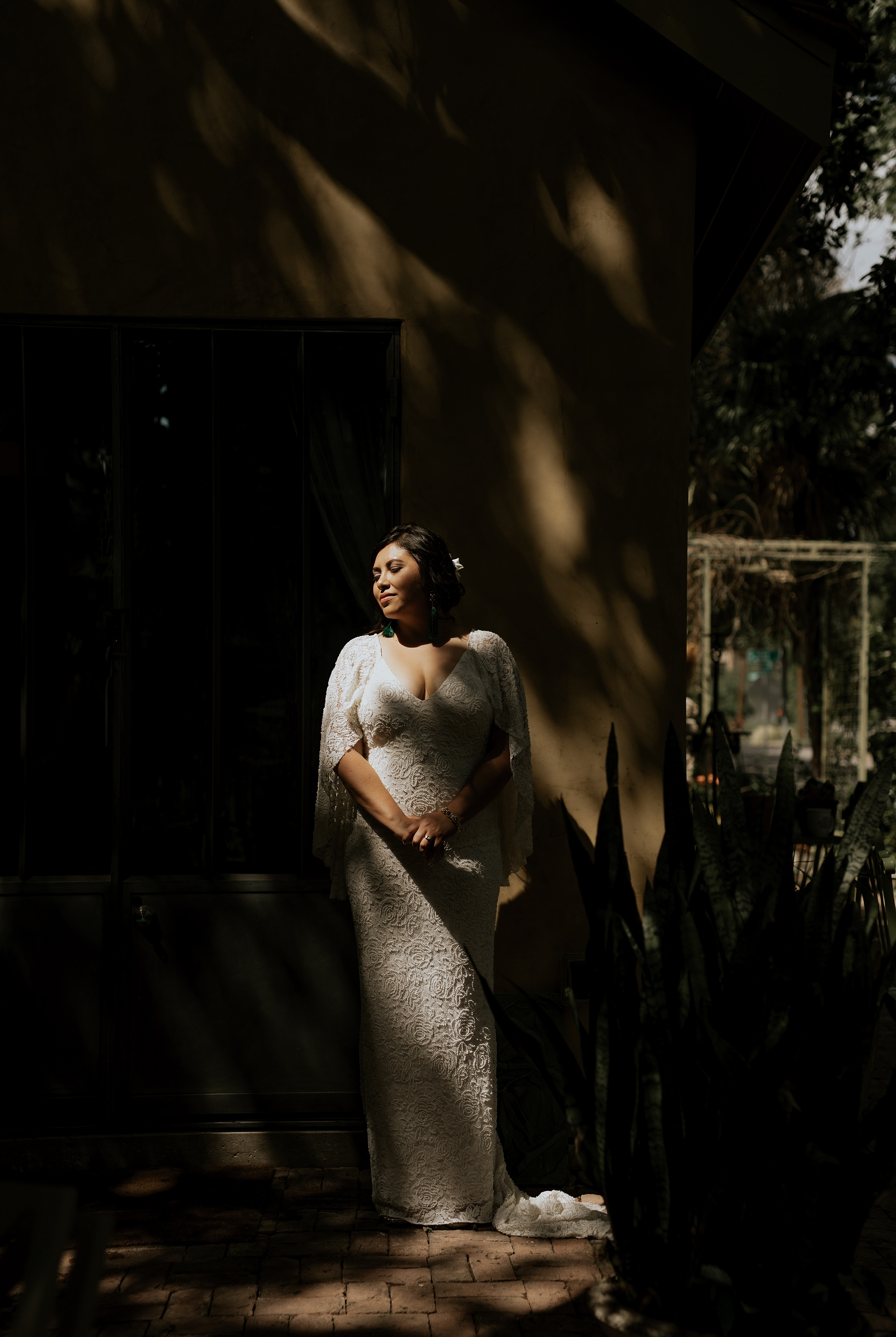 Vibrant Spring Wedding at the enchanting Jennifer's Gardens in Downtown Austin Texas_0022.jpg