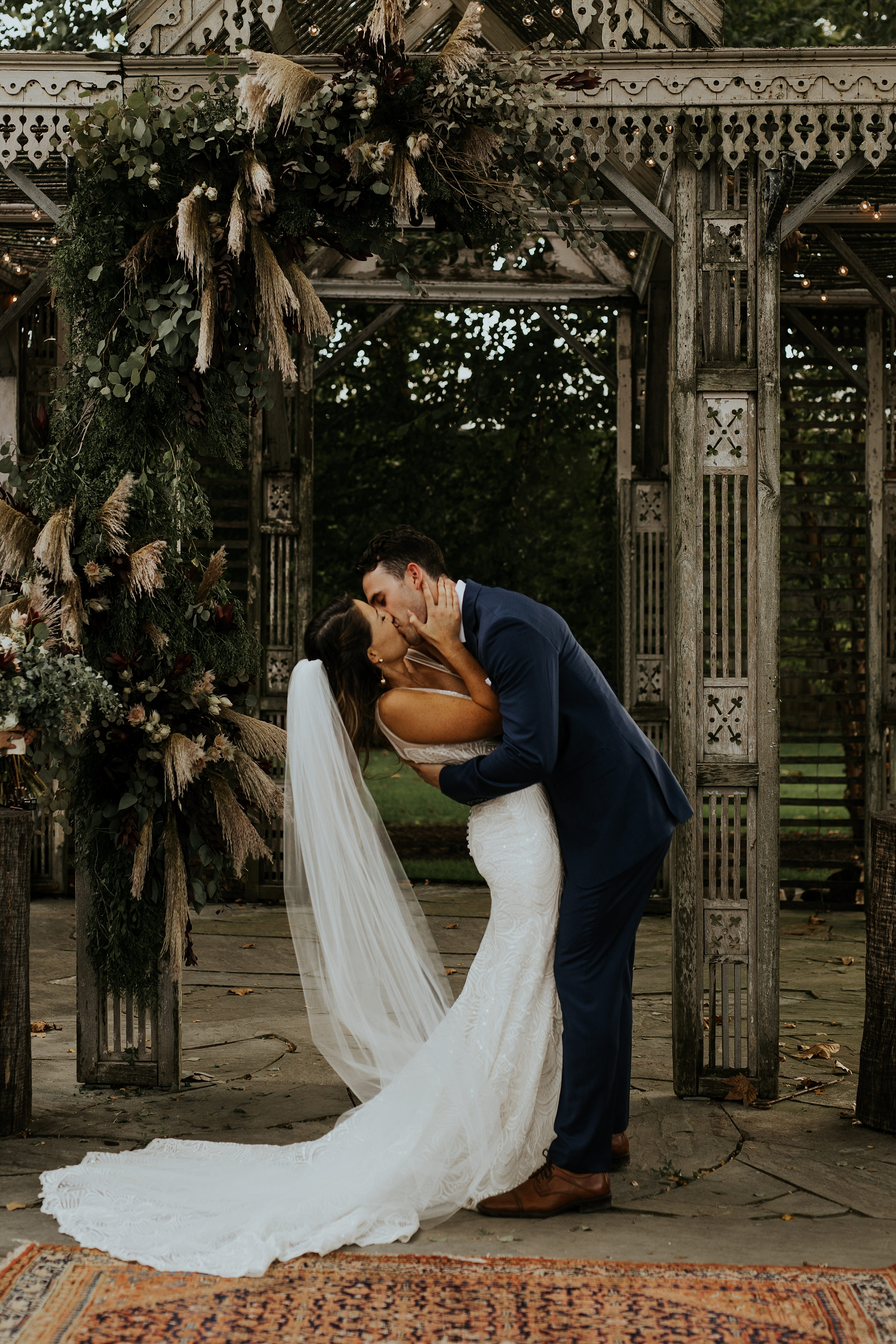 Heartfelt Botanical Terrain at Styers Wedding in Glenn Mills Pennslyvania by Trin Jensen Photography_0030.jpg