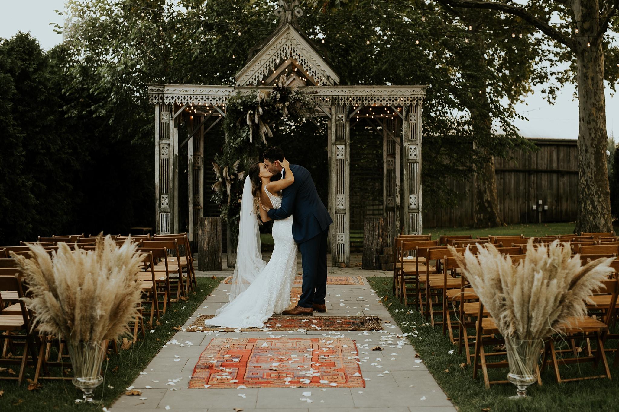 Heartfelt Botanical Terrain at Styers Wedding in Glenn Mills Pennslyvania by Trin Jensen Photography_0044.jpg