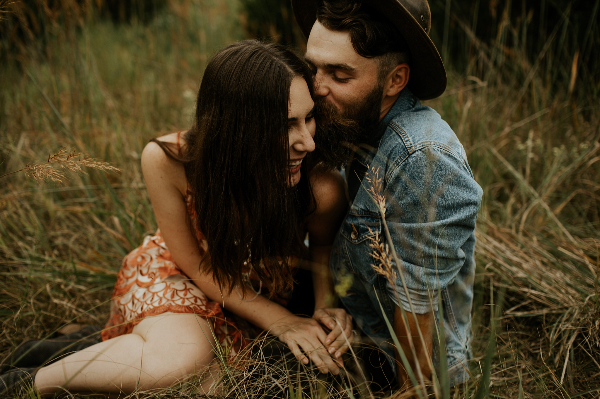 Bohemian Earthy Engagement Session by Trin Jensen Photography  - Nebraska Wedding Photographer_0051.jpg