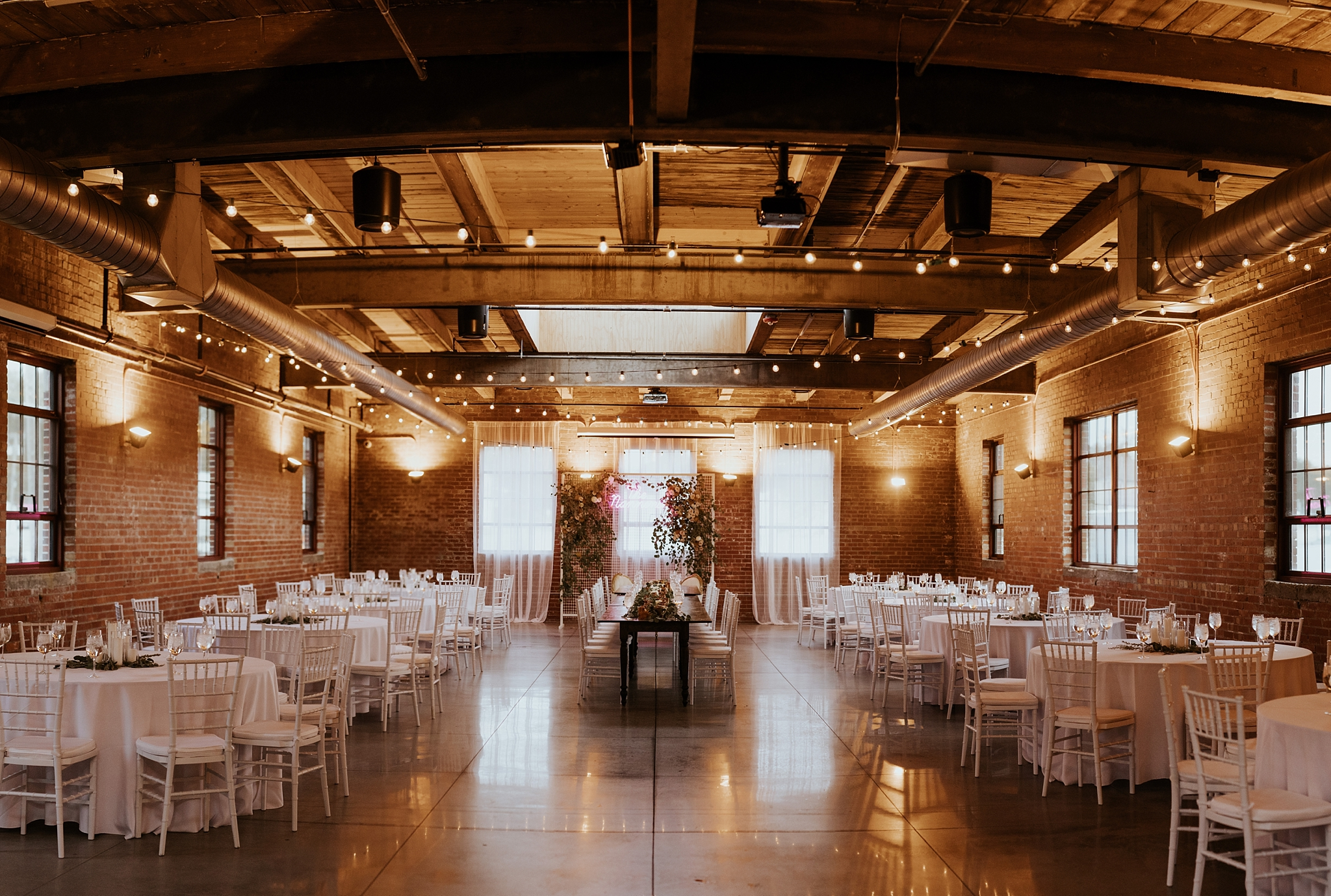 The Omar Arts and Events Center Wedding in Midtown Omaha Nebraska  - Trin Jensen Photography_0035.jpg