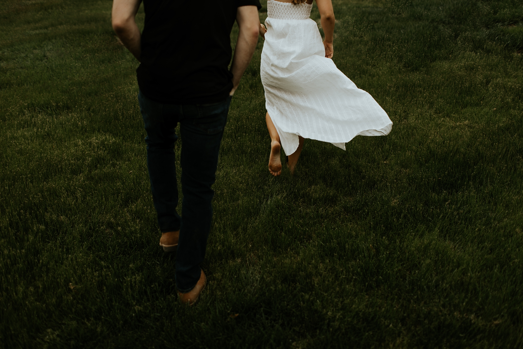 Boho Nebraska Engagement Session  - Trin Jensen Photography_0008.jpg