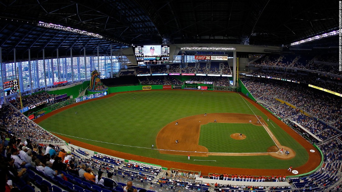 Miami Marlins Stadium - Courtesy of Cnn.com