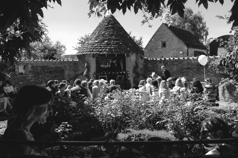 Winkworth-Farm-malmesbury-wedding-photography-35.jpg