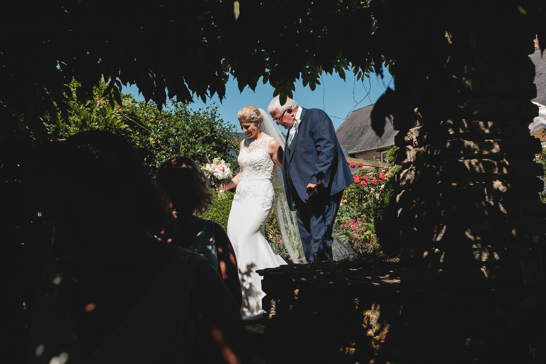Winkworth-Farm-malmesbury-wedding-photography-45.jpg
