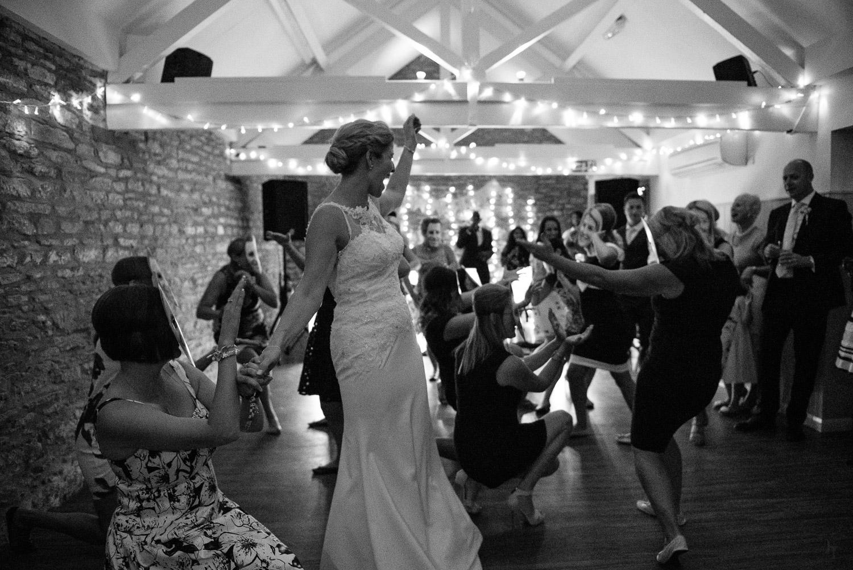Winkworth-Farm-malmesbury-wedding-photography-94.jpg