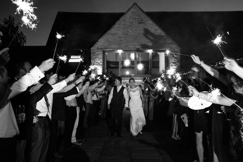 Winkworth-Farm-malmesbury-wedding-photography-95.jpg
