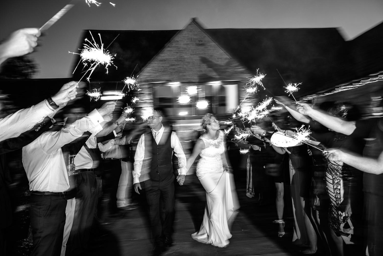 Winkworth-Farm-malmesbury-wedding-photography-97.jpg