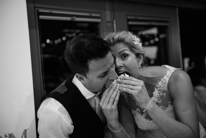 Winkworth-Farm-malmesbury-wedding-photography-99.jpg