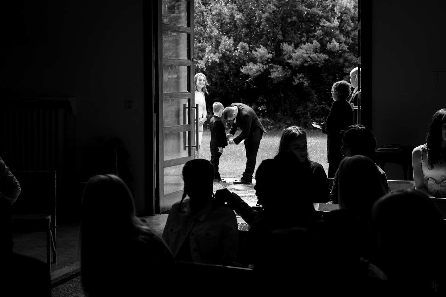 st michael and all angels wedding photography-26.jpg