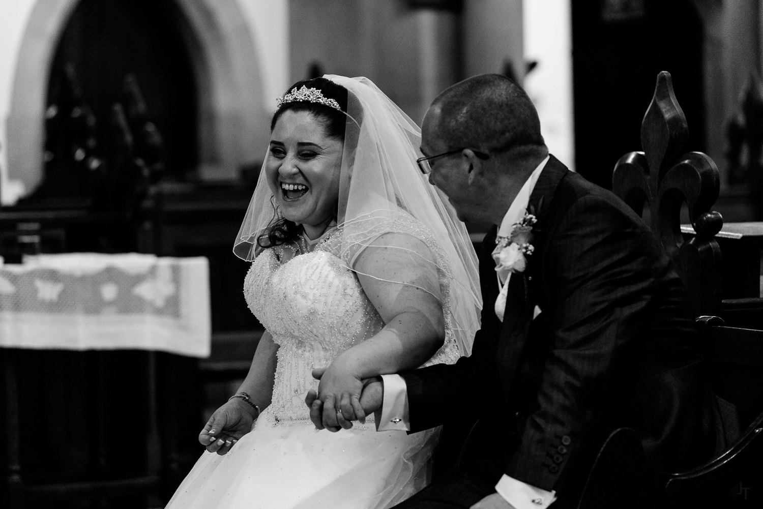 st michael and all angels wedding photography-51.jpg