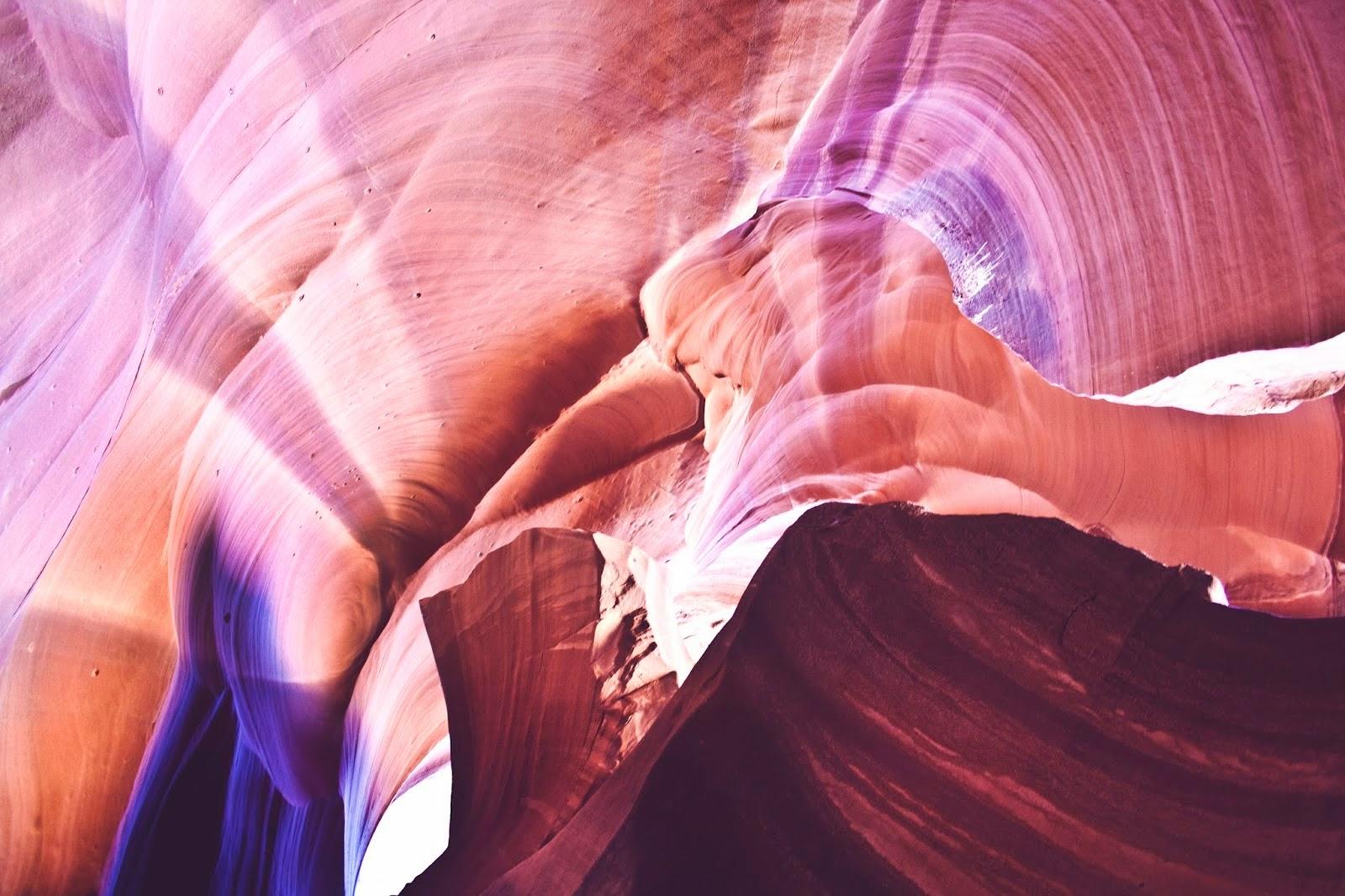 Laura Andalou, Antelope Canyon, Arizona, USA (2013).jpg