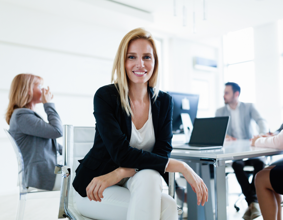 PROGRAMA PERSONALIZADO-Mensual - 150 USD - Contrata tu Coach Lingüístico , que te ayudará a alcanzar tus metas desarrollando un programa 100% personalizado para tus necesidades.Incluye 1 hora de de clase presencial virtual a la semana, la cual puedes programarla a cualquier hora, dependiendo de tu disponibilidadAdemás, podrás tener interacción diaria via whatsapp, con ejercicios que te tomaran alrededor de 20 minutos. Contesta via mensajes, notas de voz o videos, de acuerdo a la habilidad que necesites reforzar.En total, serán más de 11 horas mensuales que podrás tener práctica 1 a 1 con tu coach.Si estas buscando mejorar tu inglés, esta es tu mejor opción.