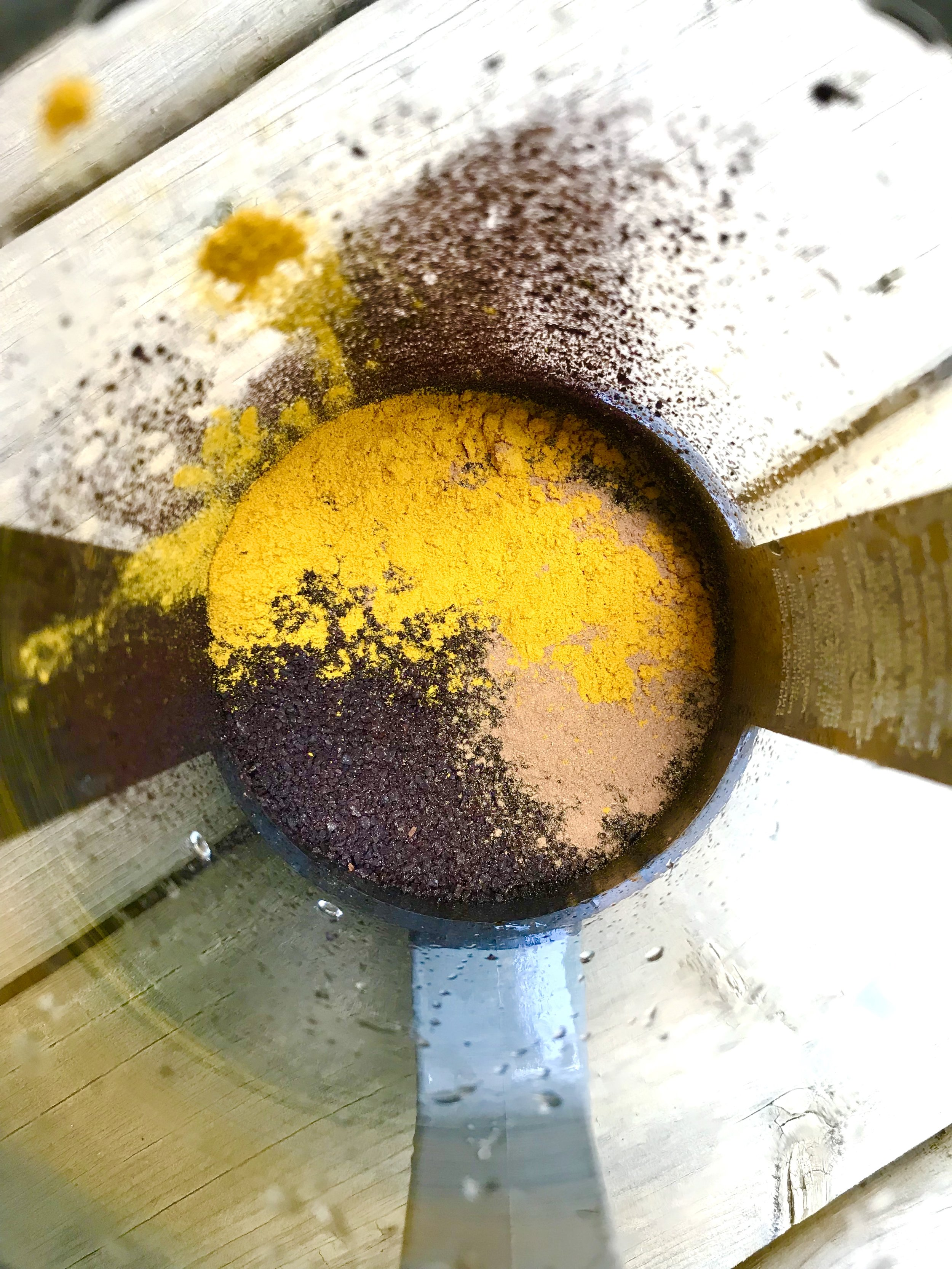 Black coffee with turmeric and cinnamon will boost your body's ability to fight inflammation from the very start of your day