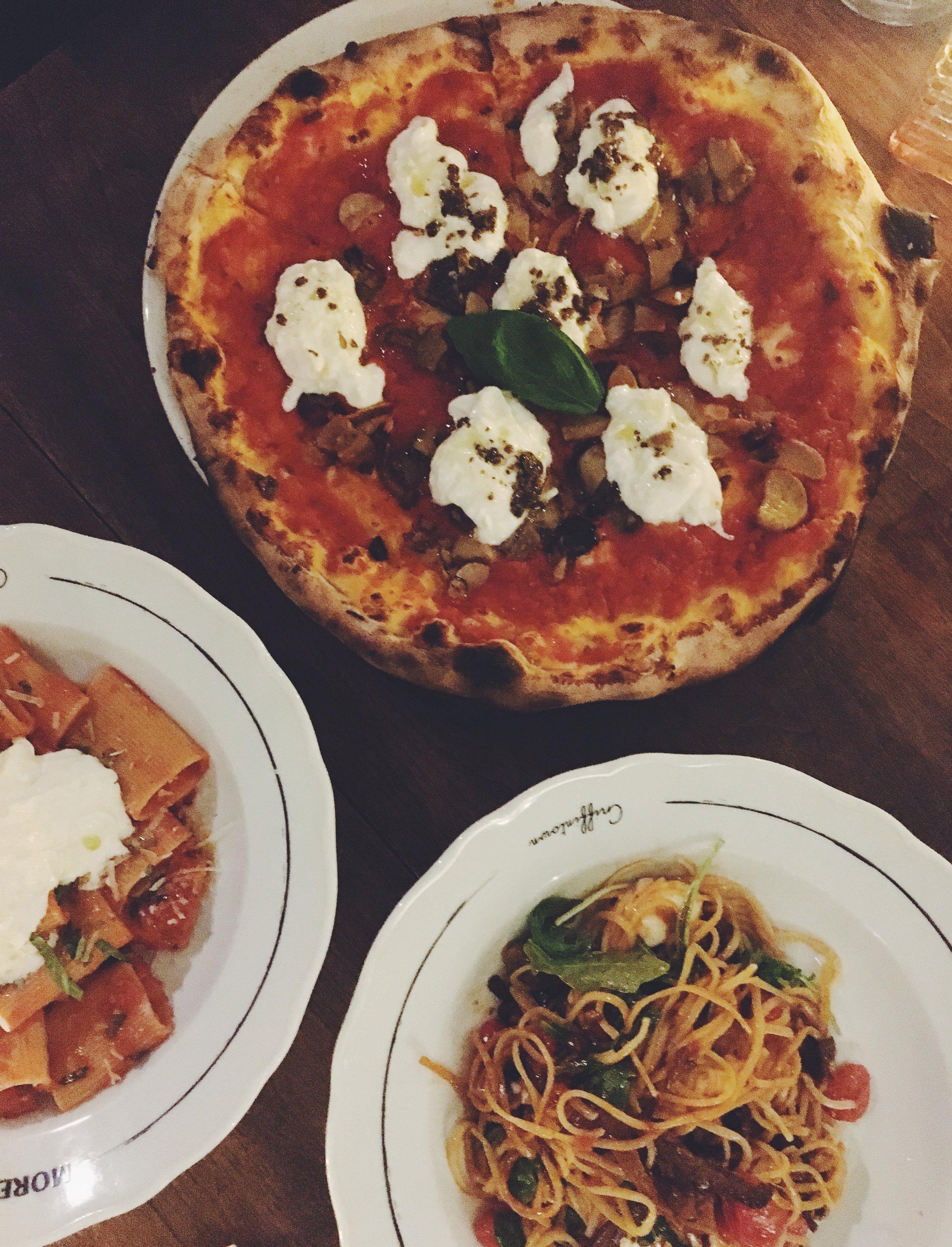 Pizzeria-Moretti's2.JPG