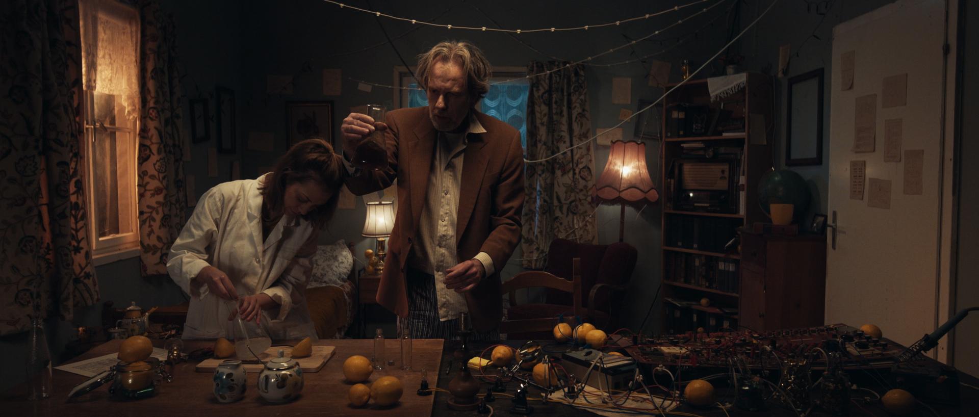 «When Life gives you Lemons» | Fictional Short | D: Linda Krauss & Sam Handel