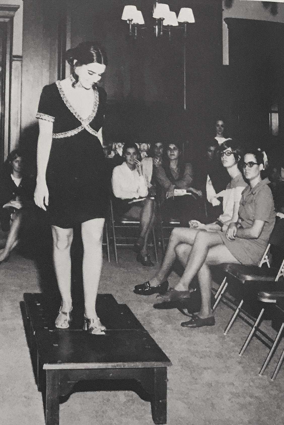Fashion Show 1971 in Cactus.jpg