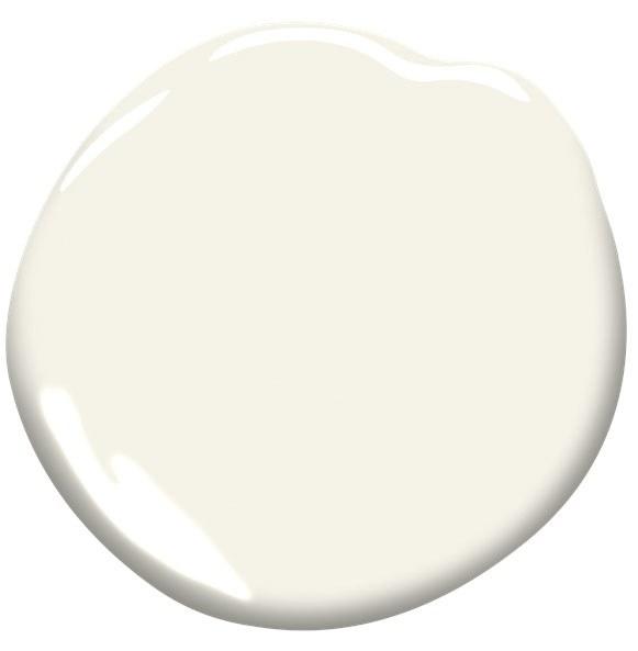 Walls: Benjamin Moore Simply White OC-17
