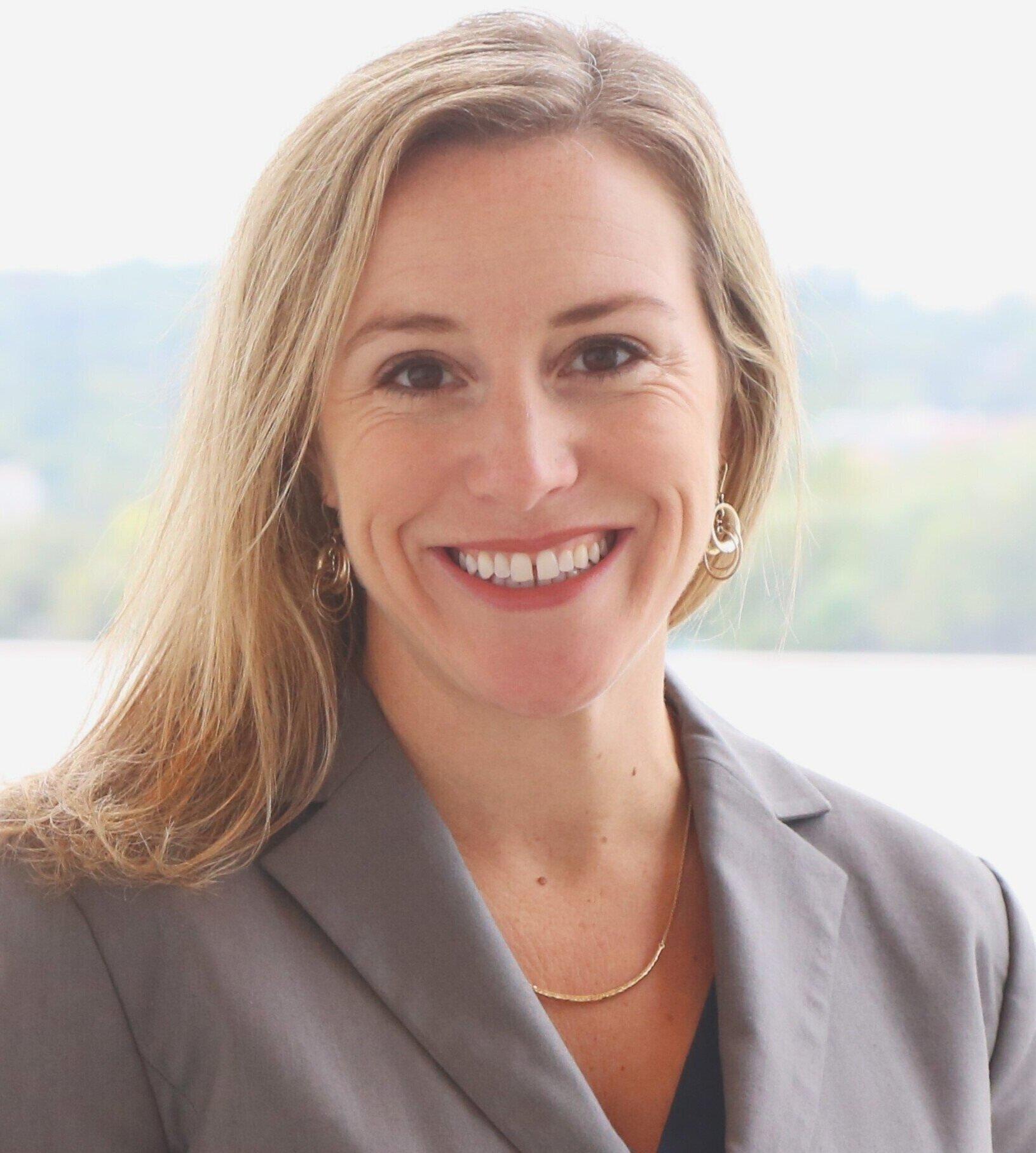 Amanda Zander : Public Outreach Coordinator, Delon Hampton and Associates