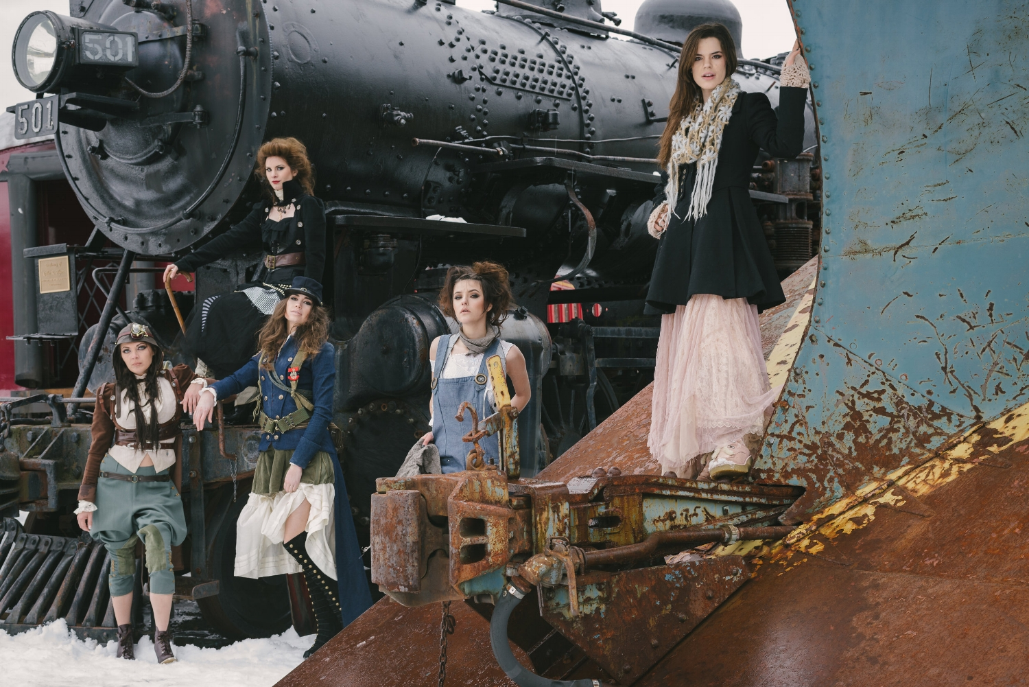 Steampunk Couture by Chloe Barcelou, Photo by Bruce Luetters