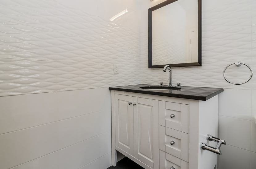 Rockland Bathroom.jpg