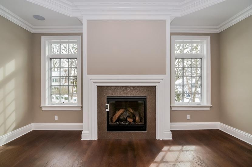 Rockland Living Room Fireplace.jpg