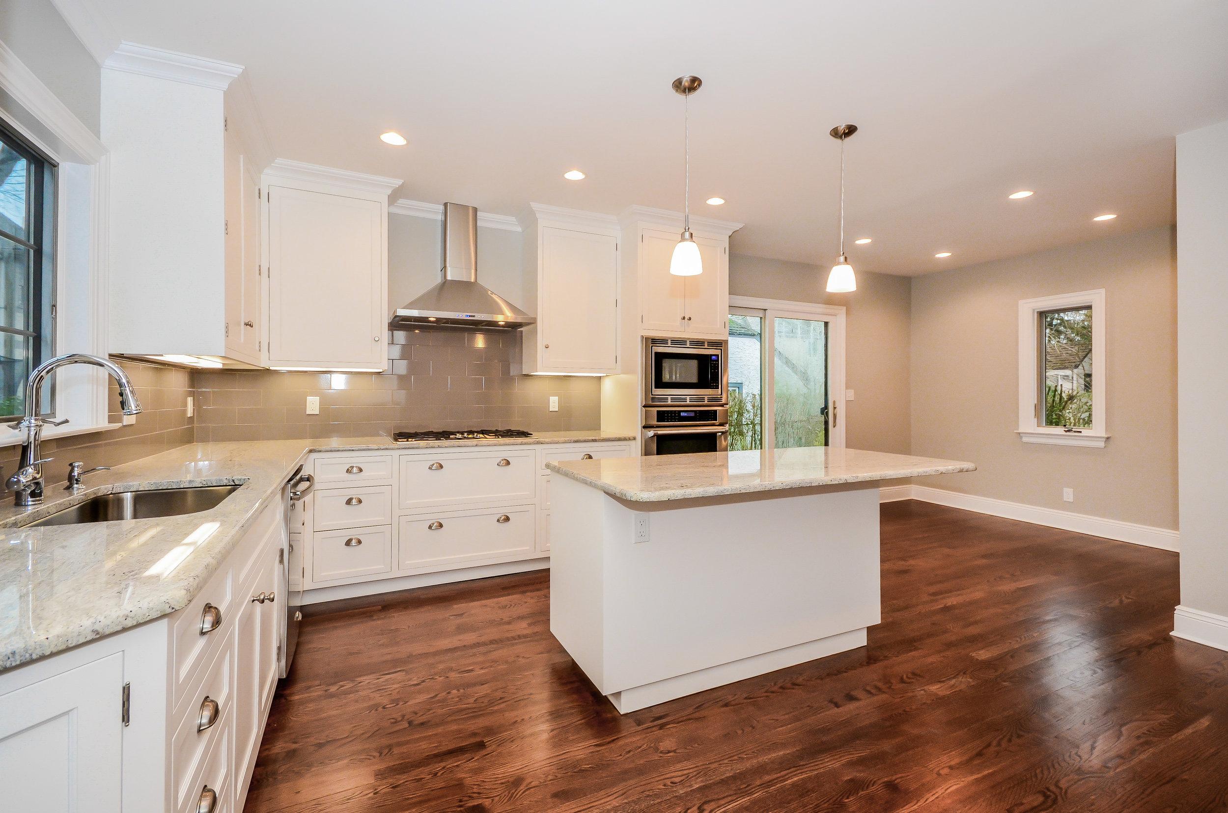 Hillside Kitchen 1.jpg