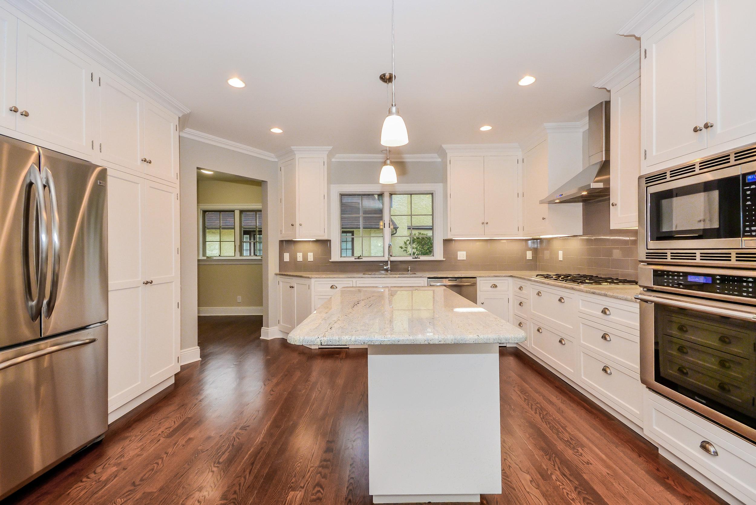 Hillside Kitchen 2.jpg