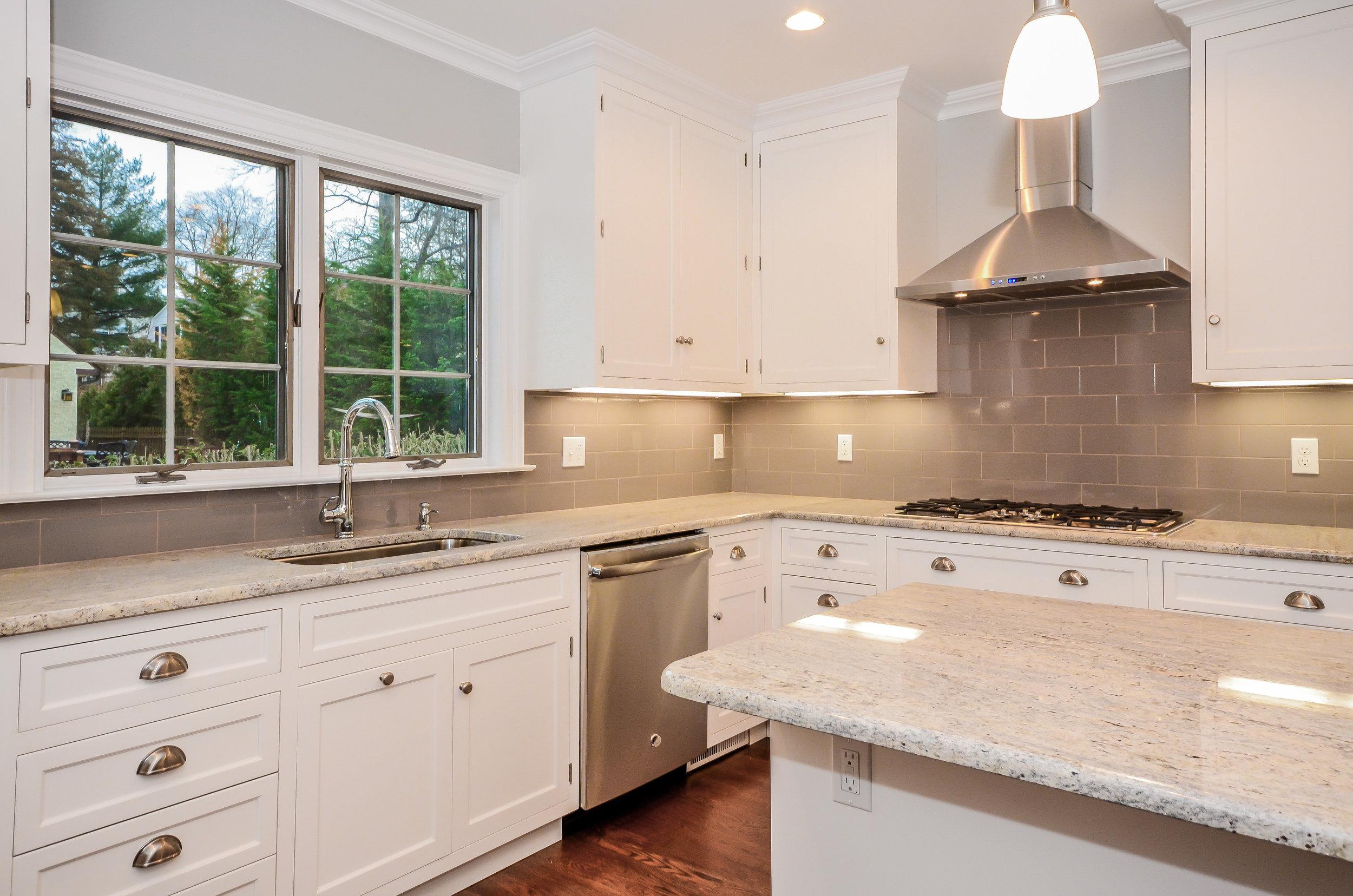 Hillside Kitchen 4.jpg